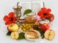 honey with apple for  jewish new year-Rosh Hashana